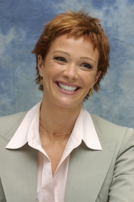 Lauren Holly poster G183747