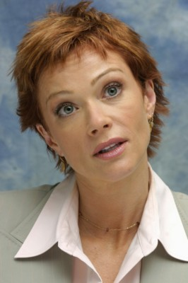 Lauren Holly poster G183759