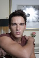 Jonathan Rhys Meyers picture G191960
