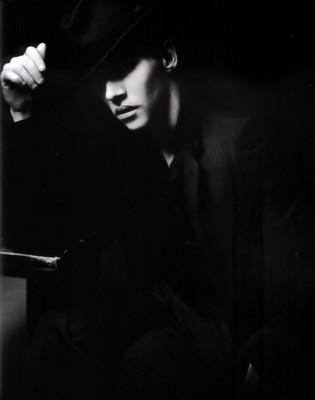 Jonathan Rhys-Meyers poster G191972