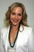 Julie Benz picture G192362