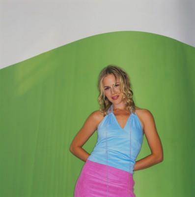 Julie Benz poster G192371