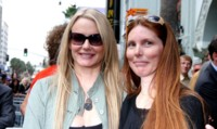 Daryl Hannah and Paige Hannah picture G64422