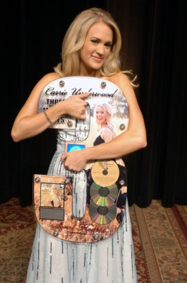 Carrie Underwood poster G198152