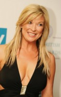 Claire King picture G199422