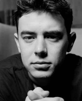 Colin Hanks poster G199592