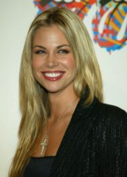 Brooke Burns & Elizabeth Berkley picture G200983