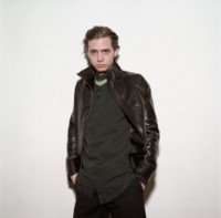 Aaron Stanford picture G201086
