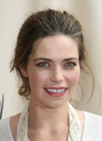 Amelia Heinle picture G202768