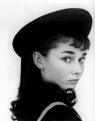 Audrey Hepburn poster G204102