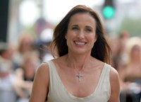 Andie MacDowell picture G205080