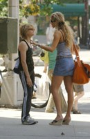 Elizabeth Berkley picture G206852