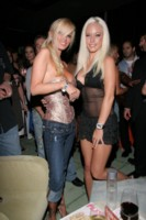 Jenna Jameson & Kendra Wilkinson picture G209009