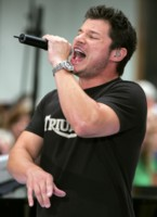 Nick Lachey picture G212143
