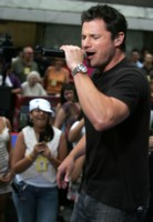 Nick Lachey picture G212148