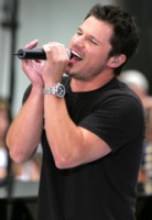 Nick Lachey picture G212155