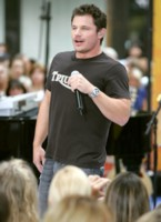 Nick Lachey picture G213781