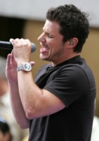 Nick Lachey picture G213782