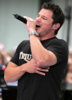 Nick Lachey picture G213786