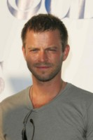 Carmine Giovinazzo & Gary Sinise picture G213807