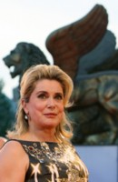 Catherine Deneuve picture G217325