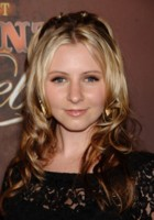 Beverley Mitchell picture G221309