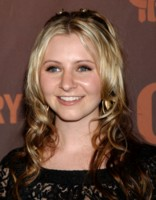 Beverley Mitchell picture G221311