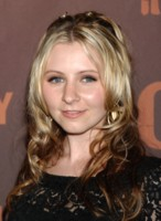 Beverley Mitchell picture G221321