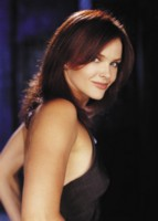 Dina Meyer picture G222375