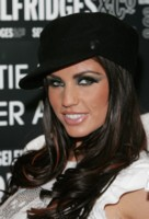 Katie Price picture G223376