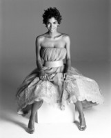 Halle Berry picture G226682