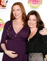 Laura Leighton picture G227227