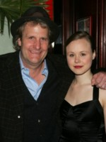Alison Pill picture G228125