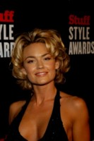 Kelly Carlson picture G229450