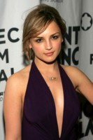 Rachael Leigh Cook picture G231473