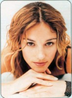 Amy Jo Johnson picture G245197