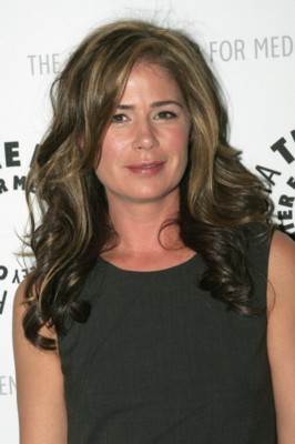 Maura Tierney poster G258440