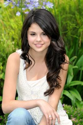Selena Gomez poster G262188