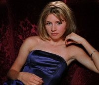 Beverley Mitchell picture G26490