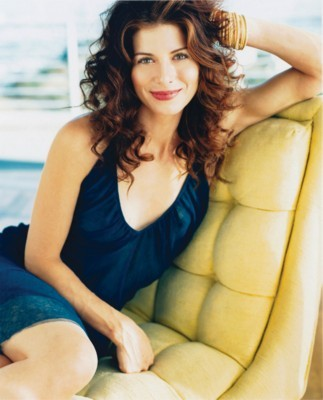Debra Messing poster G26528