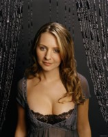Beverley Mitchell picture G290974