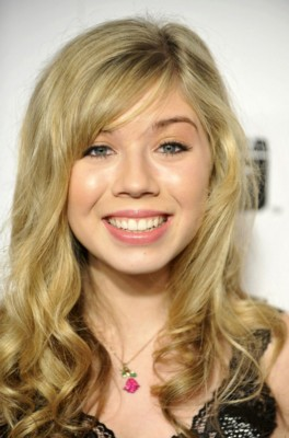 Jennette McCurdy poster G293181