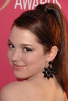 Jennifer Stone picture G293304