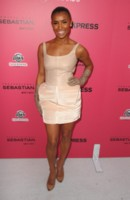 Melody Thornton picture G297454