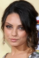 Mila Kunis picture G161422