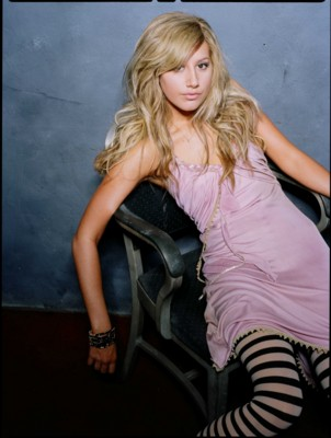 Ashley Tisdale poster G298743