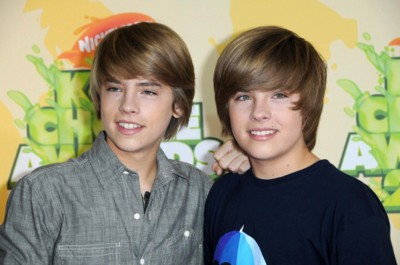 Cole and Dylan Sprouse poster G299009