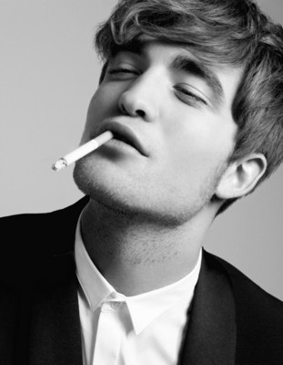 Robert Pattinson Posters on Robert Pattinson Poster  Buy Robert Pattinson Posters At Iceposter Com