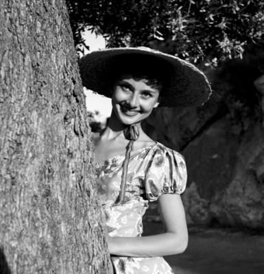 Audrey Hepburn poster G300552