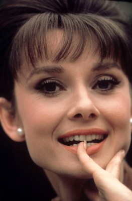 Audrey Hepburn poster G300567